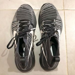 Nike Flyknit Training Shoes, Size US 9.5